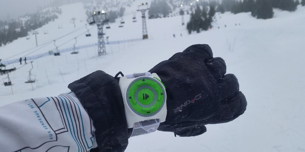 YodelUp Is Truly A Perfect Wearable Device For Winters!