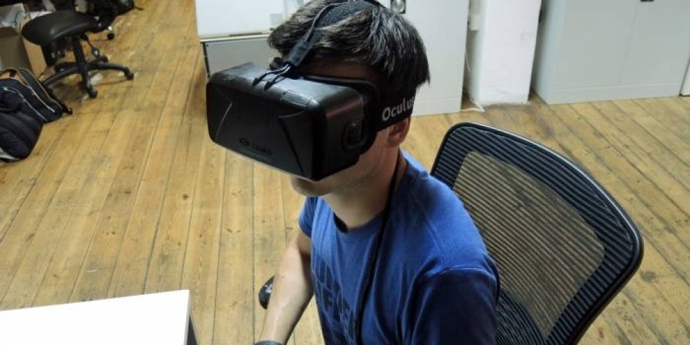 Father Witnesses His Son's Birth with Virtual Reality From 4,000 km Away