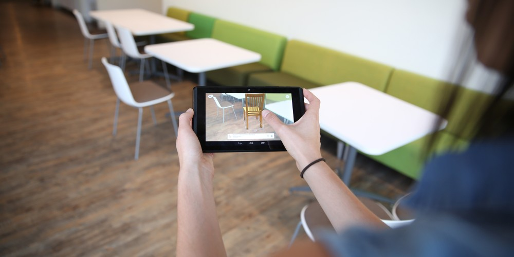 Retail Stores Are Moving Towards AR To Increase Sales!