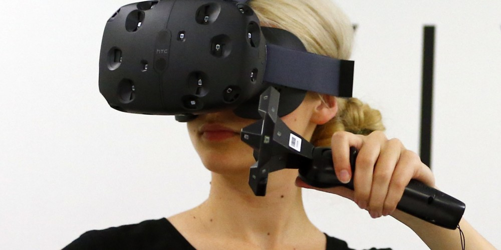 VR users await for the launch of HTC Vive