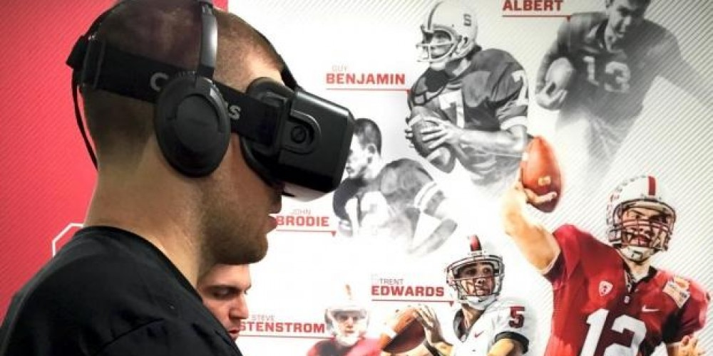 Virtual Reality New Recruiting Tool For College Programs