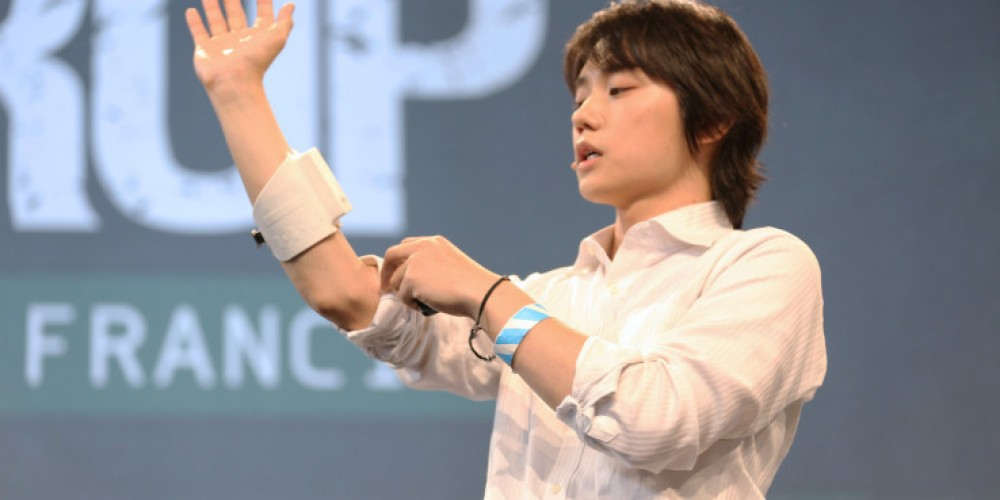 Tokyo-based H2L Launches a Haptic Feedback Armband
