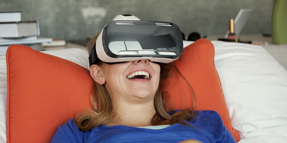 Samsung Gear VR Headset super on experience, low on depth