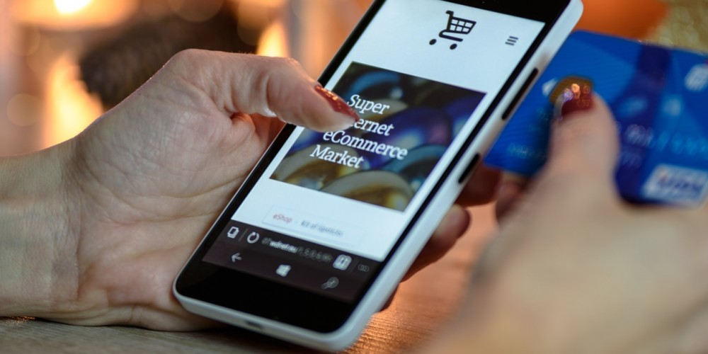 Augmented Reality For Lifestyle E-Commerce Now Available On Apollo Box